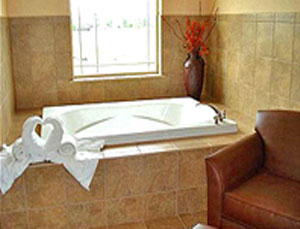 1 King Bed Jet Tub Suite
