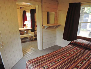 Historic 2 Bedroom Cabin without bath