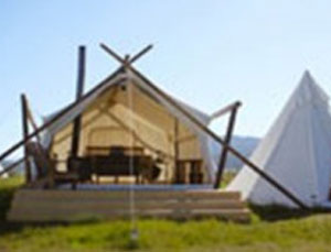 Deluxe with Tipi