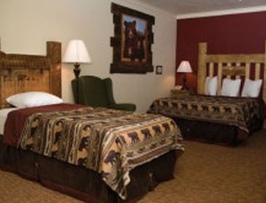 New Lodge - Two Room Unit - 1 or 2 Queen and 1 Twin Bed